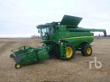 2011 John Deere 9670STS Combine