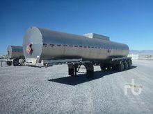 1993 Beall 9500 Gallon T/A Fuel