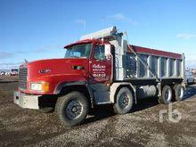 2002 Mack CL713 T/A T/A Dump Tr