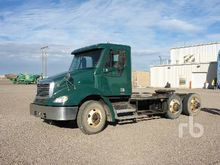 2006 freightliner cl112064s T/A