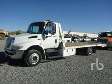2008 International 4300SBA Dura