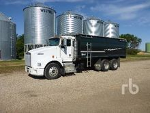 2007 Kenworth T800B Grain Truck