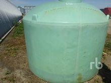 1400 Gallon Poly Tank