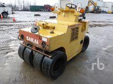 Saki TS31 7 Wheel Pneumatic Rol