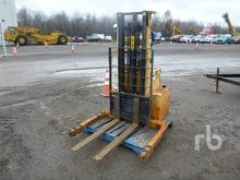 big joe 3000 Lb Electric Pallet