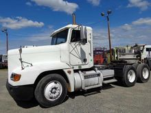 2000 Freightliner Dual Drive Tr