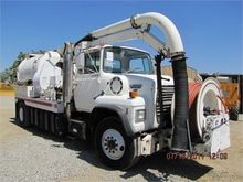 Used 1989 FORD L8000