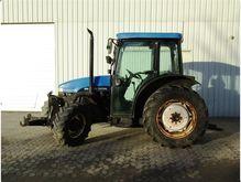 Used 2002 Holland TN