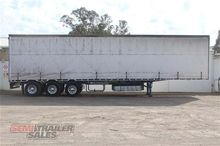 04/2004 Maxitrans 45FT Curtains