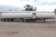03/1989 Hockney Fuel Tanker B D