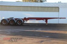 2005 Maxitrans 20FT Skel Semi A