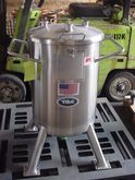 26 Gal T&C Stainless Steel Tank