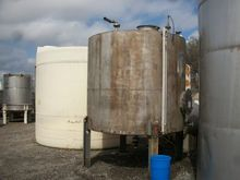 2500 Gal Stainless Steel Tank 9