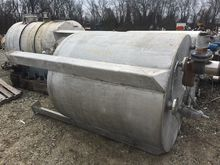 800 Gal Stainless Steel Tank 13