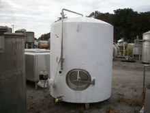 1000 Gal Stainless Steel Tank 1
