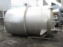 Four Corp 2500 Gal Stainless St