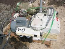 Leybold 33 GPM D40 BCS Split Ca