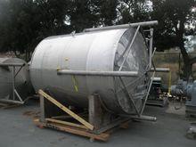 2500 Gal Stainless Steel Tank