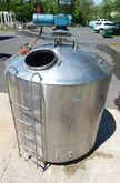 1000 Gal Girton Steel Tank w/ S