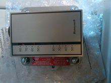 Honeywell T6051B