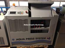 MGE Aqua Press System cool- and