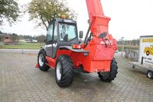 Used 2004 telescopic