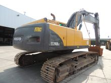 Used 2005 VOLVO in H