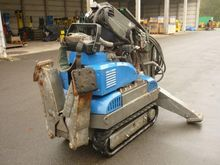 2010 excavator for dismantling