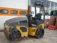 2006 Ice Rink Road Bomag 120AD-