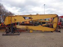 2005 Excavator CATERPILLAR 330