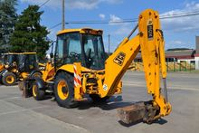 Used 2007 backhoe lo