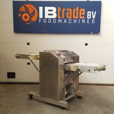 Baader 52 skinning machine for