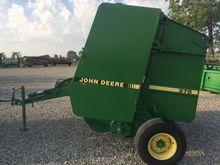 1993 John Deere 375