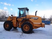 Used 2003 CASE 621D