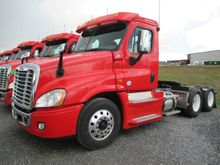 2013 Freightliner CA125DC-Casca