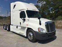 "2015 Freightliner Evolution 70"""