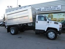 2006 Gmc C7500 diesel with cust