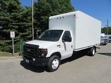 2011 Ford E-450 16 ft gas unice
