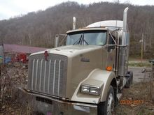 2007 Kenworth T800 Sleeper #702