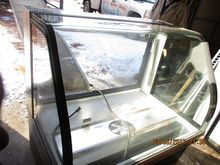 "50"" Curved Glass Bakery Merchan"