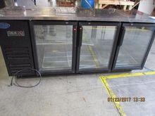 Entree, Glass Door Back Bar Bot