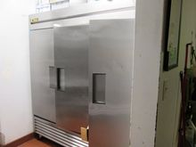 S/S 3 Door Reach-In Refrigerato