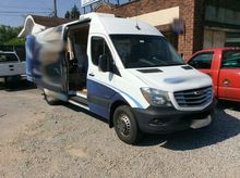 (1) 2014 Mercedes Benz Sprinter