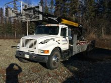 1991 International 4900 Skyhois