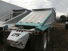 """2001 CPS 40'x102"""" Belly Dump Tr"""