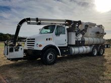 2000 Sterling L7502 Vactor 2100