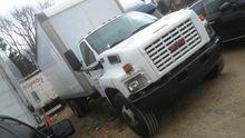 2007 GMC C6500 24' Box Truck (N