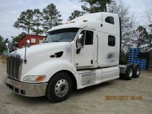 2010 Peterbilt 387 Sleeper #701
