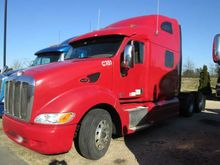 2010 Peterbilt 387 Sleeper, Cum