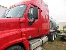 2009 Freightliner Cascadia #604